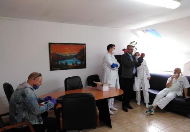 Humanost u vrijeme korone – Partner Općoj bolnici Gračanica donirao termovizijsku kameru