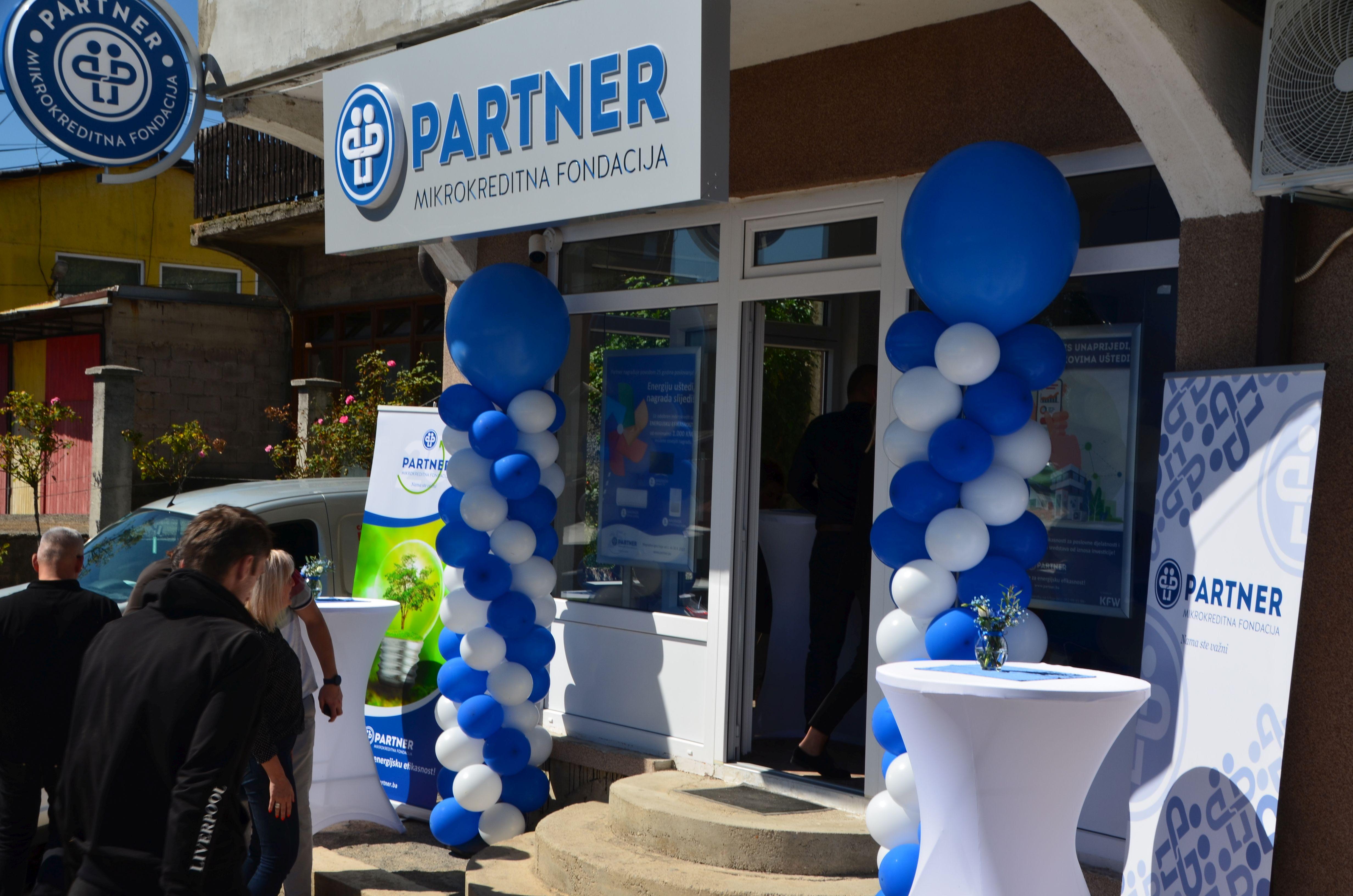 """Partner MKF i """"Auto Nuić"""" otvorili punionicu za električna vozila"""
